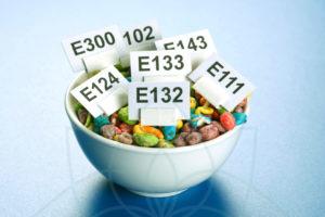 Cuídate de los aditivos alimenticios