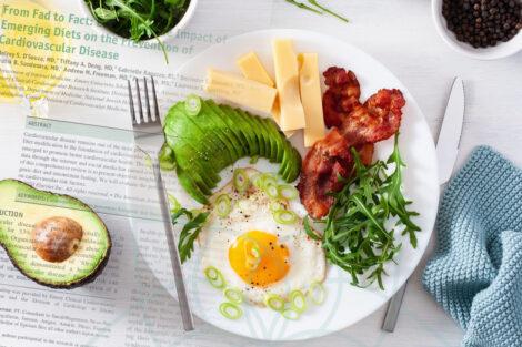 Estudio sesgado contra la dieta keto